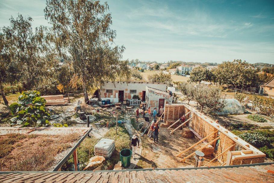 Ekocentrum ArTUR –Restoration ofaSchool into anEducational Centre